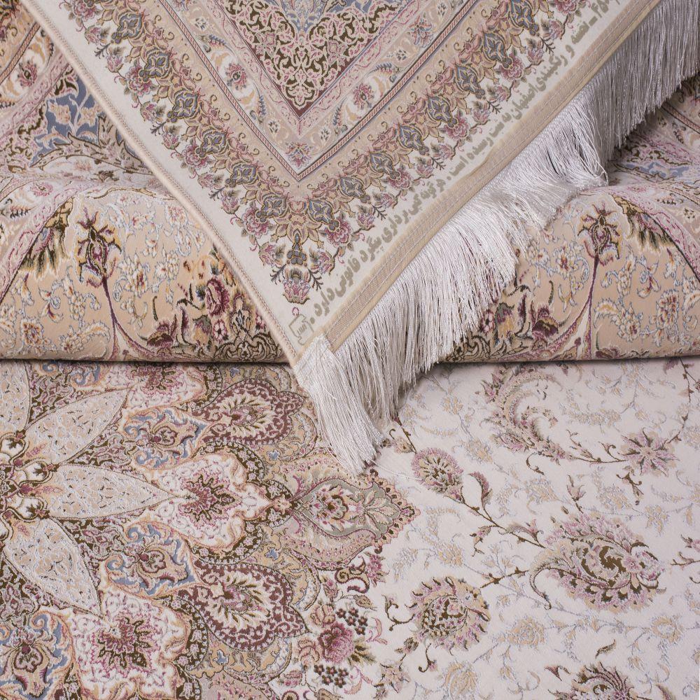 فرش ماشینی اصفهان کرم سفید 3